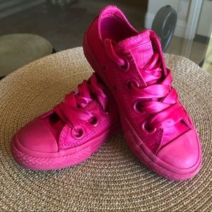 Converse Satin Ribbon Big Eyelet All Stars 10.5